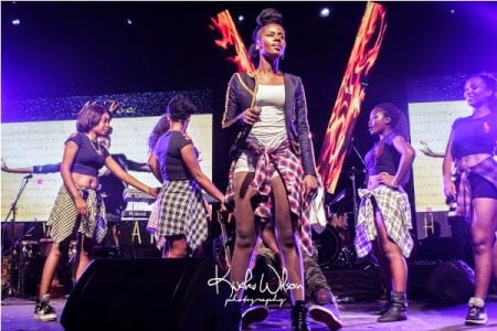 Music: MzVee - Magic Illusion