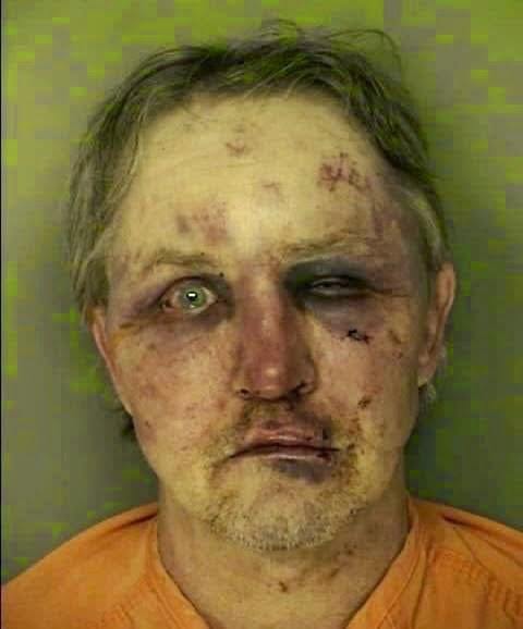 See what a man did to his uncle after he found him raping his girlfriend