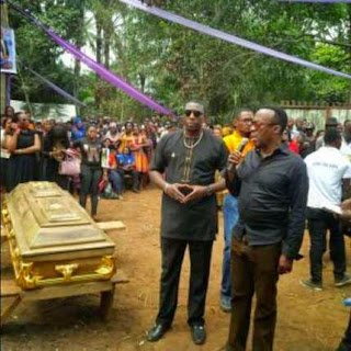 Photos: Nigerian actor Muna Obiekwe laid to rest