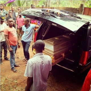 Nigerian actor Muna Obiekwe laid to rest
