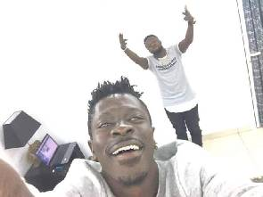 Shatta Wale & Guru Nkz to drop 'MoneyPower?'
