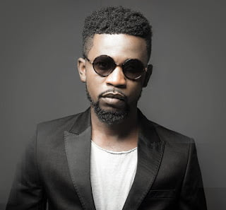 Bisa Kdei ft. Samini 6 Strings