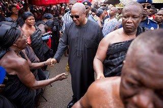 OMG!, Prez. Mahama hooted at in Kumasi