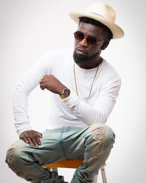 Bisa Kdei WoWs in New Promo Pictures, Instagram Pose