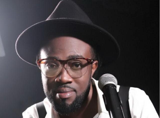 Iwillsurviveasasoloartiste PaaKwasi - I will survive as a solo artiste - Paa Kwasi (Dobble)