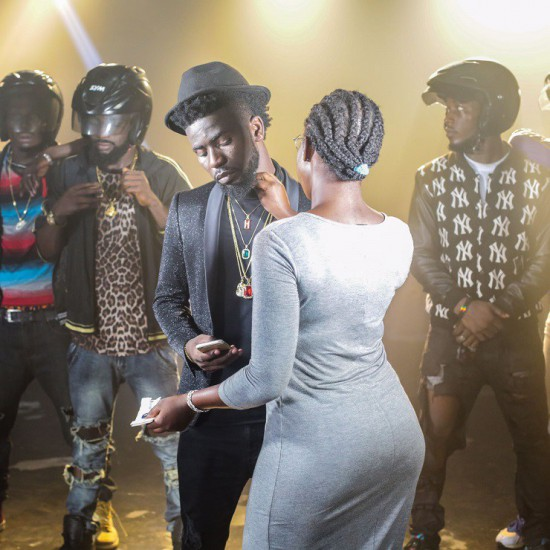 BTS Bisa Kdei x Patoranking shoots video for 'Life' behind the scene photos - BTS: Bisa Kdei x Patoranking shoots video for 'Life', behind the scene photos