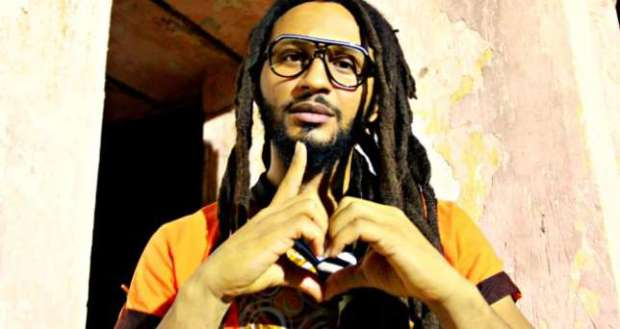 Wanlov the Kubolor ft. Otuntu - Trotro Blues